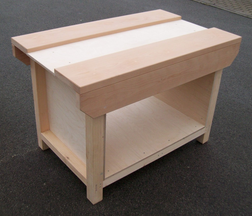 ipmws-benches-tables-storage